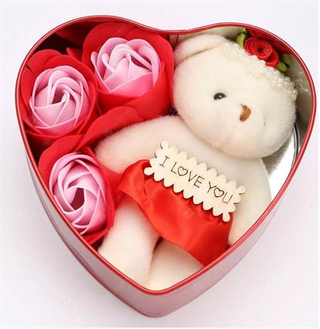 Коробка сердце с мишкой и мыльными розами - фото 12542